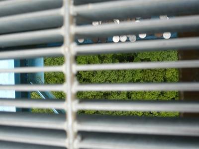 竜神大吊橋 鉄格子から下を撮影