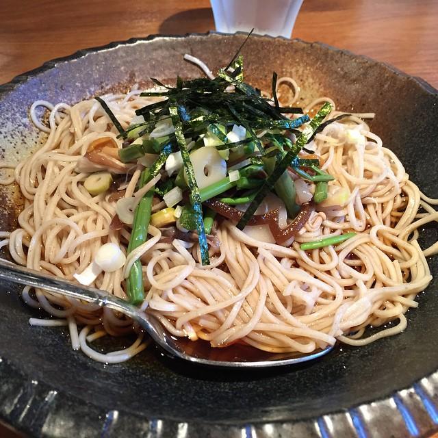 蕎麦cafe 伍 (Five) / 冷やし蕎麦 山菜