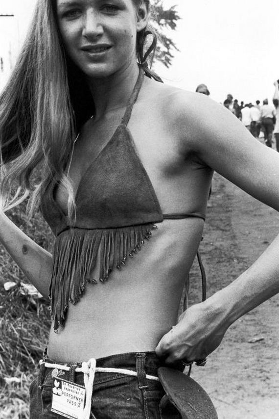 29-woodstock_women.jpg