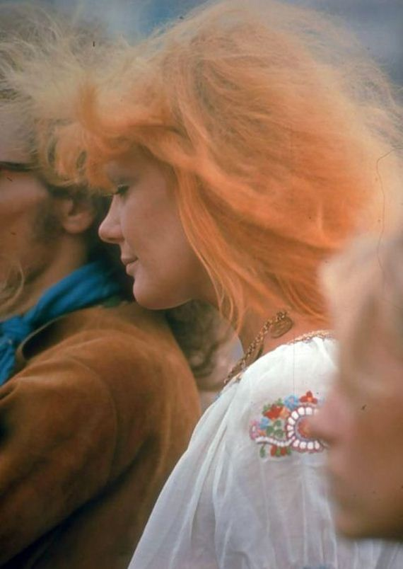 23-woodstock_women.jpg