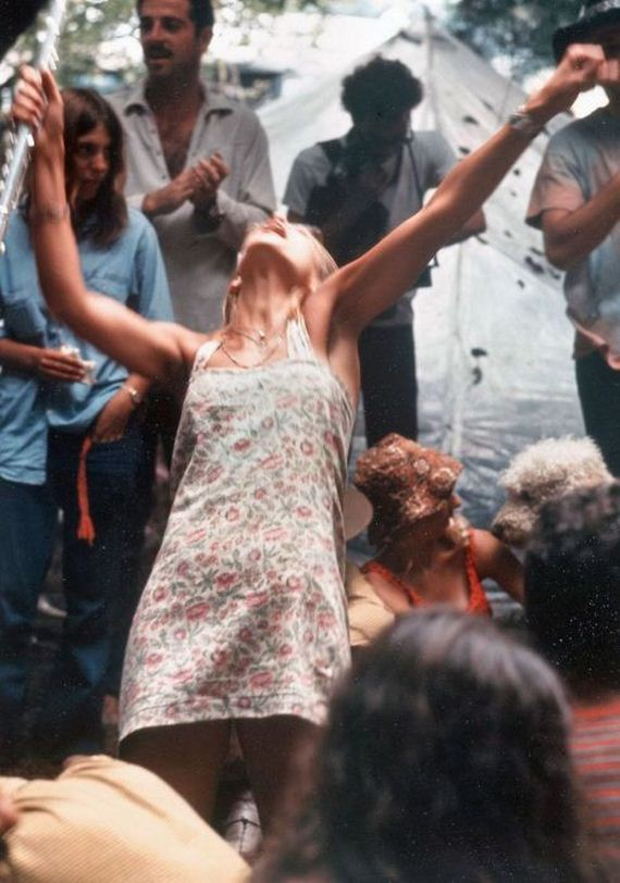 05-woodstock_women.jpg
