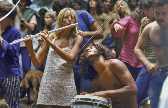 01-woodstock_women.jpg