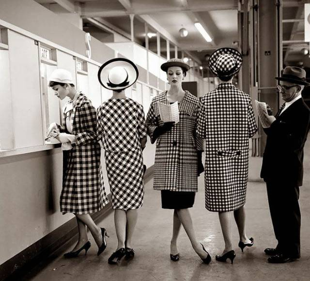 beauty_and_fashion_of_women_from_the_40s50s_640_30.jpg
