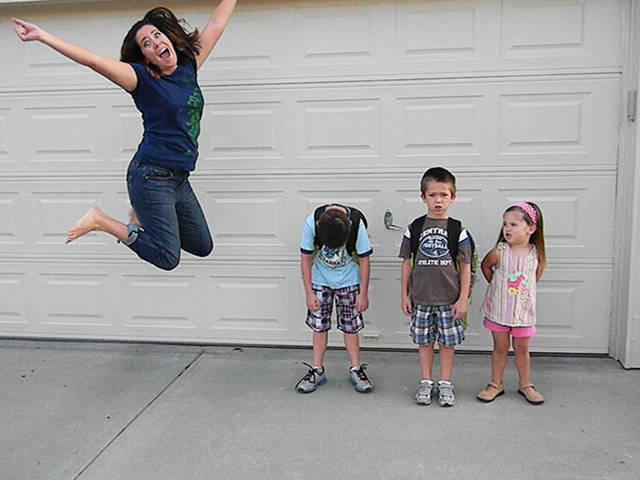 parents_reaction_to_the_first_day_of_school_640_13.jpg