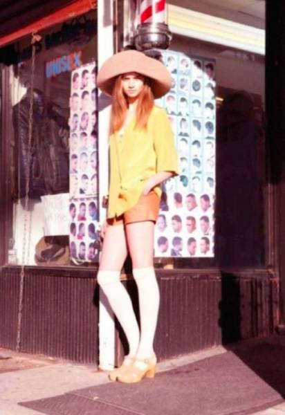 hot_women_from_70s_sure_had_some_style_640_04.jpg