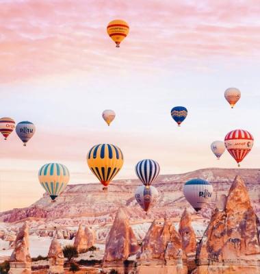 these_views_from_turkeys_cappadocia_look_more_like_some_magic_world_640_01.jpg