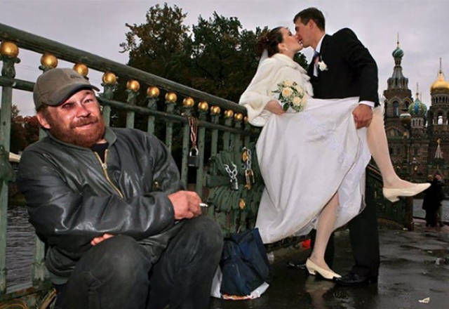 awkward_russian_wedding_photos_are_a_whole_new_level_of_wtf_640_41.jpg