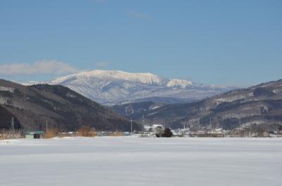 土淵町から望む早池峰山