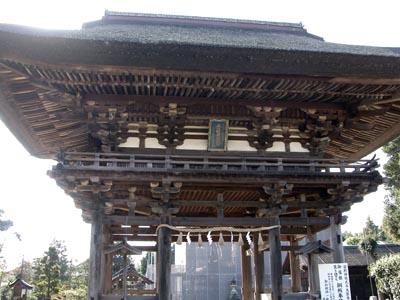 苗村神社桜門