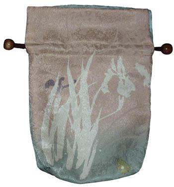 大巾着:菖蒲に蛙