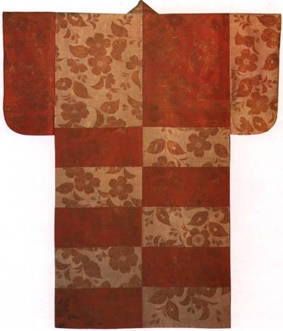 摺箔紅白段枝垂桜模様