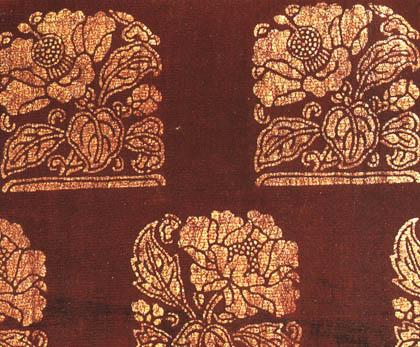 紫地椿牡丹立木模様摺箔