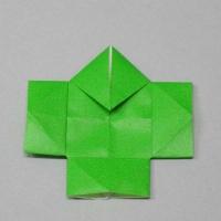 折り紙で折った奴さんです。