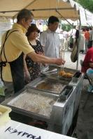 揚げているのは笹目地区の中華定食れんこんさんです。