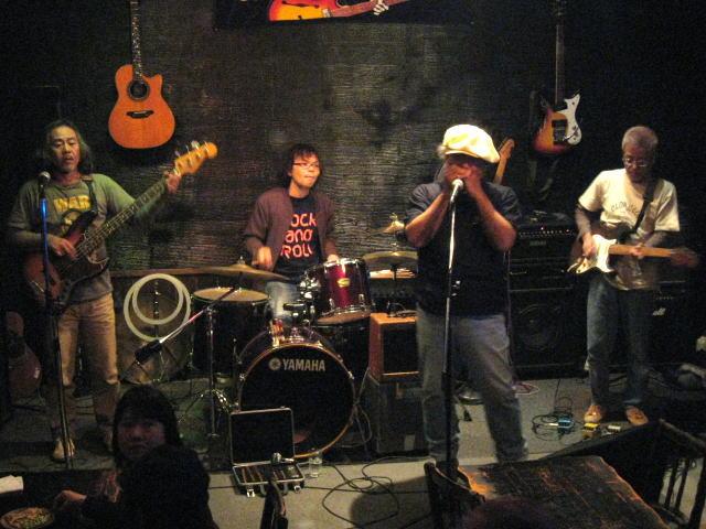 M−4 Live!!