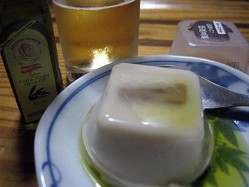 赤坂松葉屋の豆腐とコロニアパトリシア