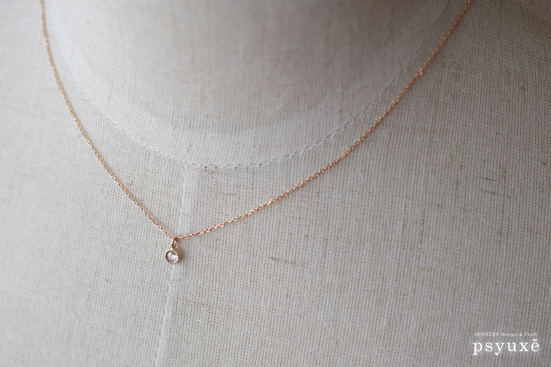 ローズカット・ダイアモンドとミルグレインのK10PGネックレス