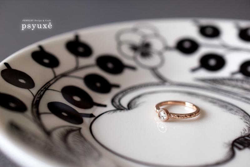 K18ピンクゴールドとローズカットダイアモンドのエンゲージリング
