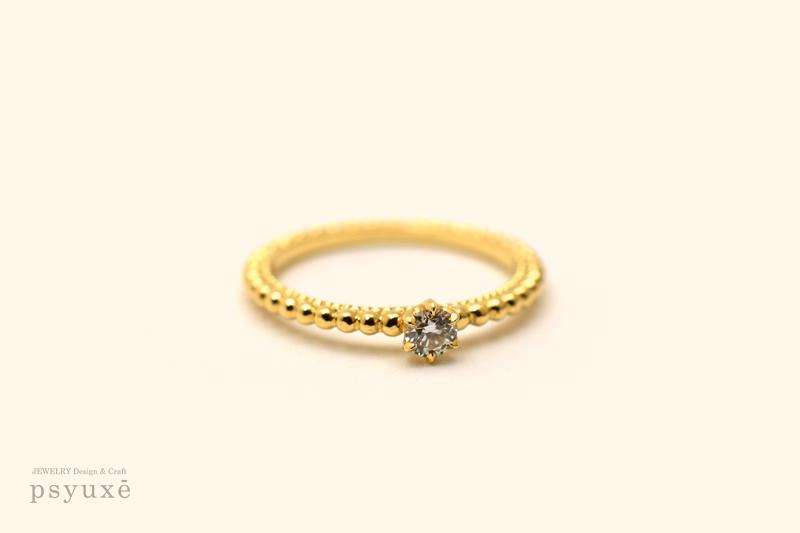 ミルグレインとダイヤモンドのソリティア・エンゲージリング