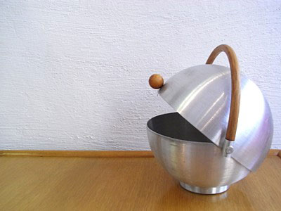 Russel Wright Spun Aluminum Bun Warmer #330