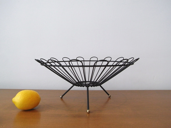 vintage wire fruit basket