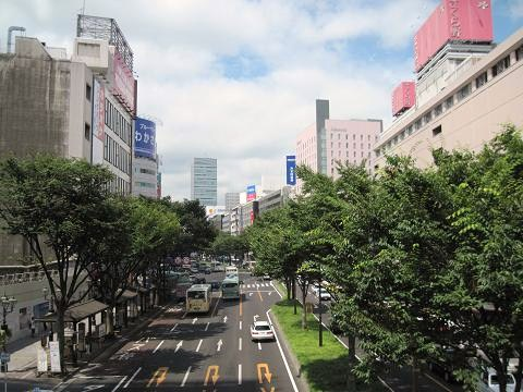 真夏の仙台駅前・青葉通り。 【2...