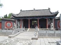 灞陵橋公園の中の関帝廟