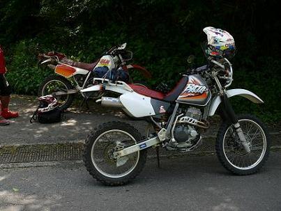 XLR250とXR400R