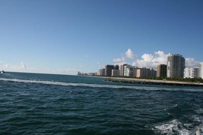 マイアミ乗合船出港