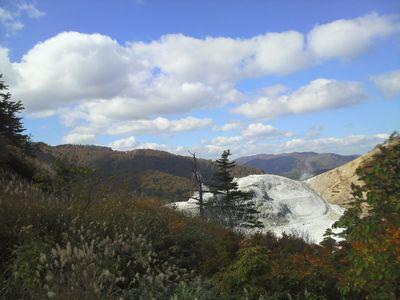 秋田県湯沢市の風景 川原毛地獄