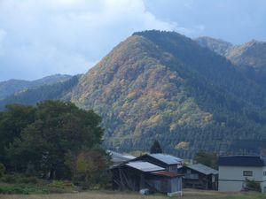稲庭の景色 朝月山