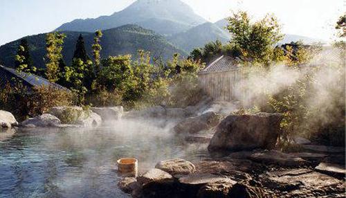 大分県・湯布院温泉 | 日本海の...