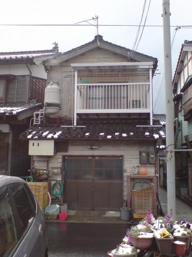 山田敏通商店さんです。