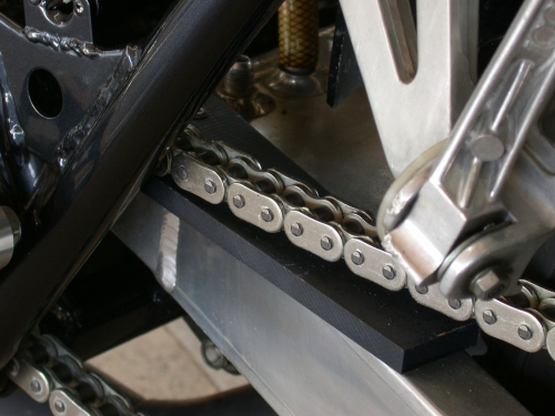 ゴム製汎用スライダー