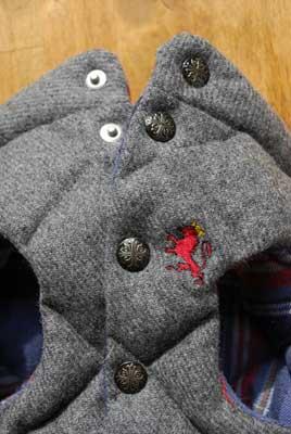 ウールキルトベスト刺繍