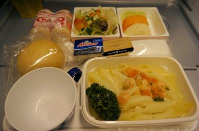 JAL プレミアムエコノミー 食事