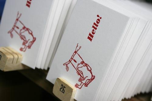 活版カード印刷中