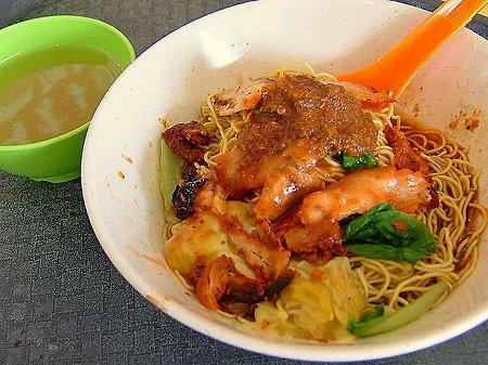 華記后港祖傅馳名雲呑麺の雲呑麺
