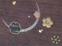 銀の月、金に螺鈿の桜、雪の結晶