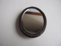 能面の蒔絵の手鏡