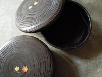 焼桐の菓子鉢 もみじ蒔絵