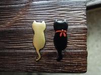 金猫と黒猫の出会い蒔絵 桐