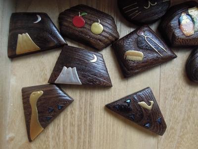 桐の蒔絵ブローチ