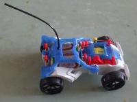 電磁石で動く車