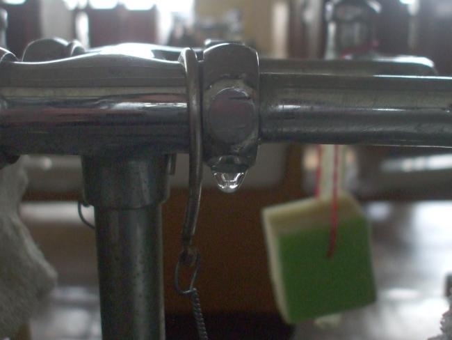 理科水栓から水漏れ