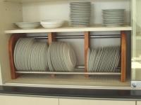 家庭科室の皿立て