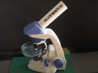 顕微鏡写真のアタッチメント