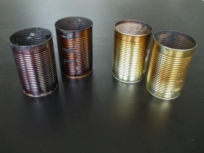 燃焼実験の空き缶