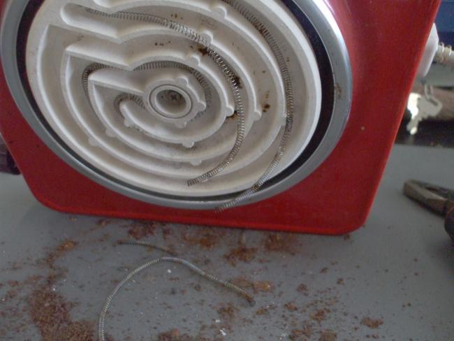 「電熱器の修理」