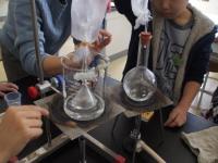 水蒸気を捕集する